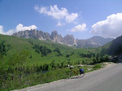 Pass Gardena 1h30 car drive from Vittorio Veneto